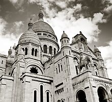 Sacre Coeur, Montmartre by PhotoBilbo