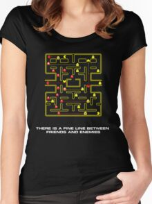 pac man video game  Women's Fitted Scoop T-Shirt
