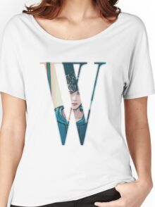 """W"" Kdrama Webtoon Design Women's Relaxed Fit T-Shirt"