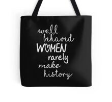 Marilyn Monroe Strong Women Quote Tote Bag