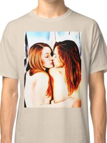Red, black, blue, this is lesbians girlie love Classic T-Shirt