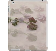 Faded Sweet Peas in Mauve iPad Case/Skin