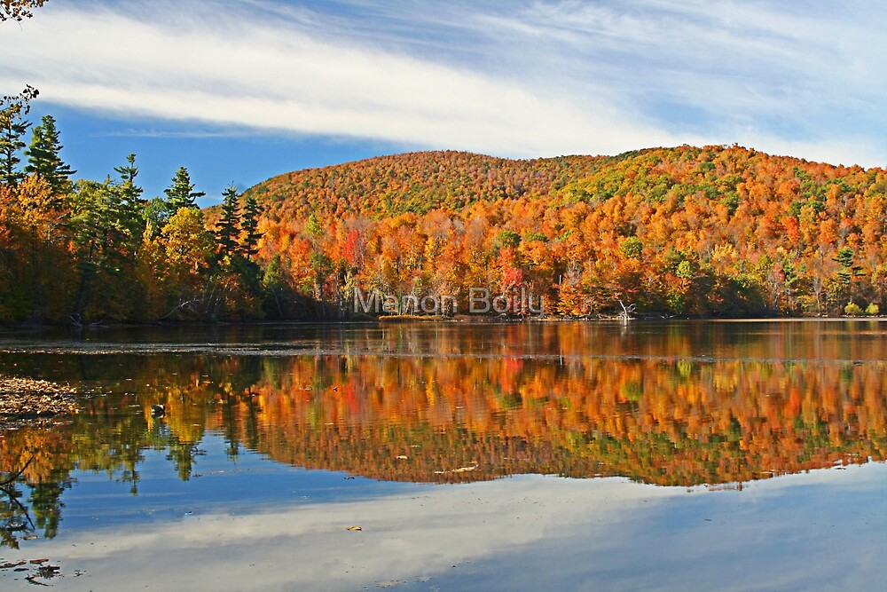 automn reflection by Manon Boily