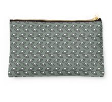 Small UFOS Green Background Studio Pouch