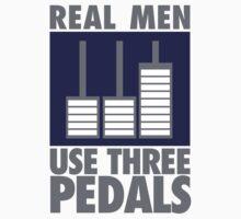 Real men use three pedals by nektarinchen