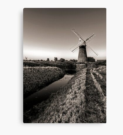 Waters end Canvas Print