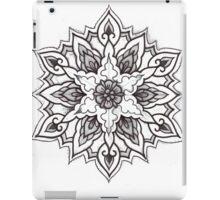 Traditional Mandala Flash Black and White iPad Case/Skin