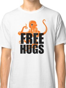 FREE HUGS Funny Humor PEACE AND LOVE Big Bold Hippie TRENDY PARTY Classic T-Shirt