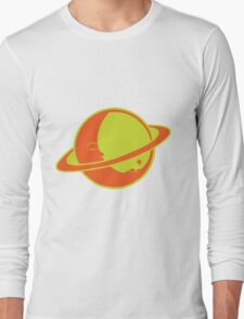 THE MOON SLEEPS ON SATURN Long Sleeve T-Shirt