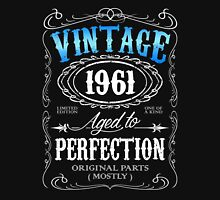 Vintage 1961 aged to perfection 55th birthday gift for men 1961 birthday Unisex T-Shirt