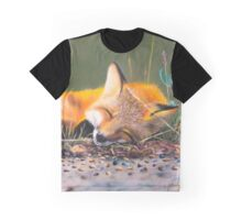 Un renard endormi Graphic T-Shirt
