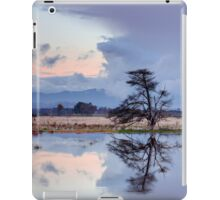 Yarra Glen flats flooding sunset iPad Case/Skin