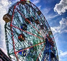WonderWheel by Bill Wetmore