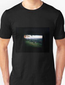 Through the viewfinder - Byron ranges T-Shirt