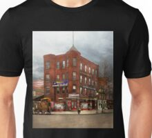 City - Washington DC - Candy, Cigars, Souvenirs 1920 Unisex T-Shirt