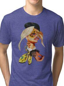 FASHION ADDICT Tri-blend T-Shirt