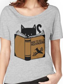 CAT AND BOOK Women's Relaxed Fit T-Shirt