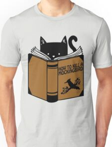 CAT AND BOOK Unisex T-Shirt