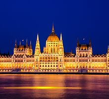 Glowing Parliament by Alkisfab