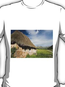 Natural park of Somiedo T-Shirt