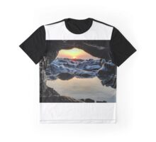 eastern cave Graphic T-Shirt
