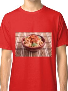 Thin spaghetti with tomato relish and basil leaves Classic T-Shirt