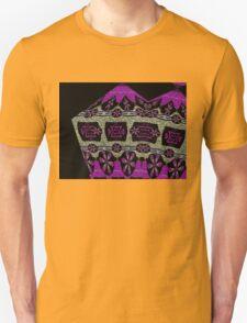 Textured daisy chains Unisex T-Shirt