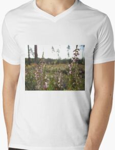 Wild Heather Mens V-Neck T-Shirt