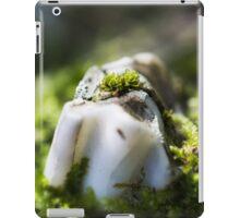 Tooth decay II iPad Case/Skin