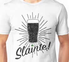 Sláinte! - Distressed Version Unisex T-Shirt
