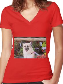 Silly pup Women's Fitted V-Neck T-Shirt