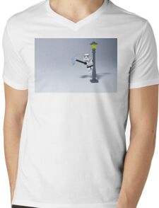 Sing in the rain Mens V-Neck T-Shirt
