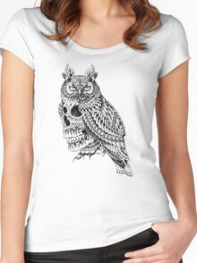 Great Horned Skull Women's Fitted Scoop T-Shirt