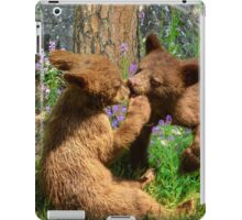 Kissing Cubs iPad Case/Skin