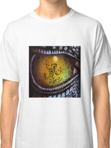 Reptile reflection in the Dragon's eye! Classic T-Shirt