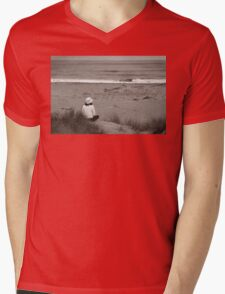 Watching The Ocean Mens V-Neck T-Shirt