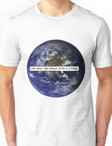 SHE HELD THE WORLD UPON A STRING TUMBLR Unisex T-Shirt