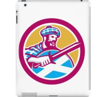 Highlander Scotsman Sword Shield Circle Retro iPad Case/Skin