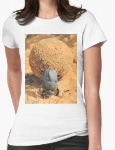 Got to Love your Job - Dung Beetle Bounty Womens Fitted T-Shirt