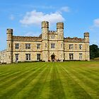 Leeds Castle in Kent (UK) by hootonles