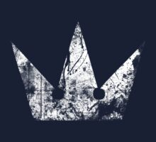 Kingdom Hearts Crown grunge Kids Tee