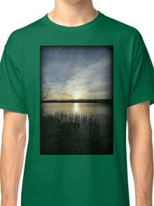 Side Wide Sunset Classic T-Shirt