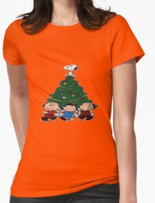 snoopy Christmas tree Womens Fitted T-Shirt