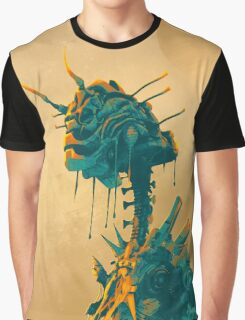 Alien Mantis Graphic T-Shirt