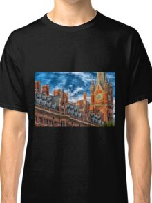 Clock Tower in London England Classic T-Shirt