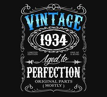 Vintage 1934 aged to perfection 82nd birthday gift for men 1934 birthday Unisex T-Shirt