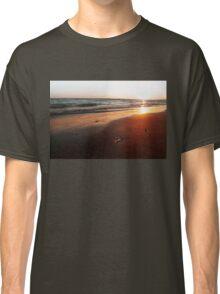 BEACH DAYS VI Classic T-Shirt