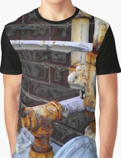 Crazy Pipes Graphic T-Shirt