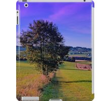 A lonely tree with some scenery around | landscape photography iPad Case/Skin