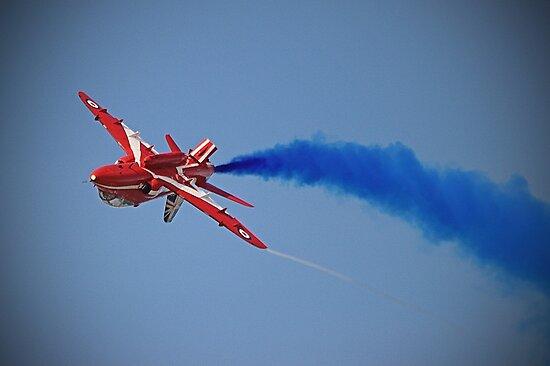 Red Arrow Singleton - Farnborough 2014 by Colin J Williams Photography